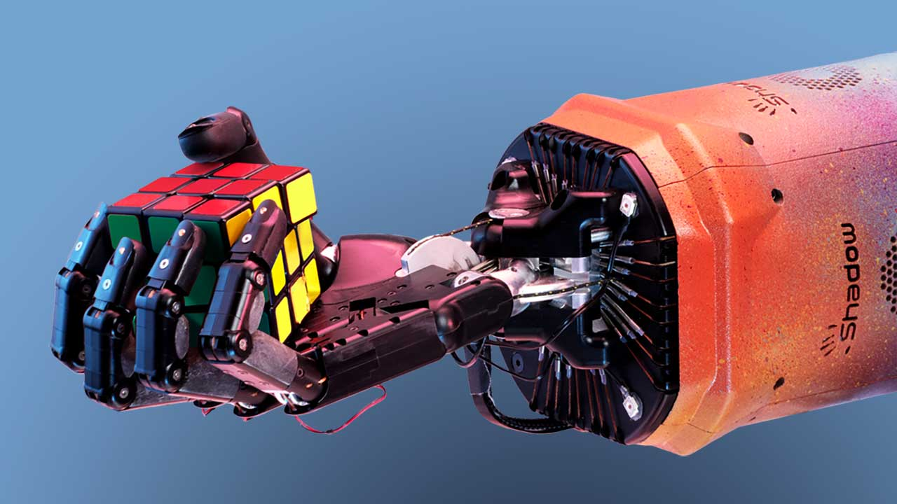 AI-Powered Robot Solves Rubik's Cube with One Hand