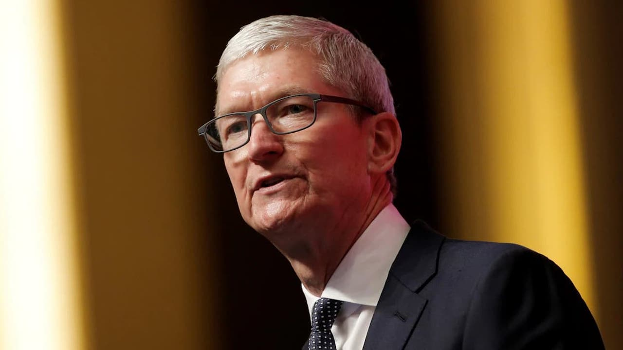 Tim Cook says Android has more malware than iOS, blames side-loading